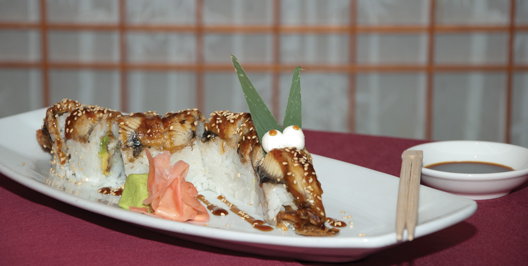 Lauded As The Best Chinese Food In Sedona For Many Years Now Menu Here Focuses On Creative Sushi Rolls Sashimi Nigiri And Favorites